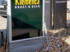 Svetleca reklama za fast food -Klemenca
